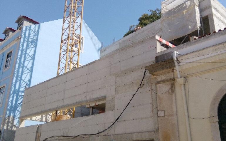 Construção Moradia Costa do Castelo - Lisboa